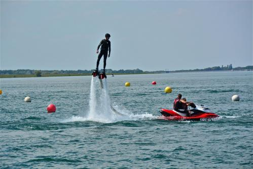 Alain Burde : Jet ski Der