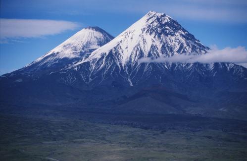 Jacques Padet : Kamtchatka - Volcans Karenyi et  Klyuchevsky
